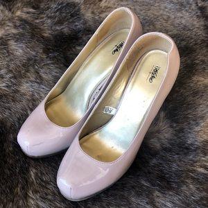 Mossimo tan heels
